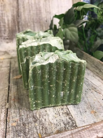 tonka-bean-and-sandalwood-goats-milk-soap